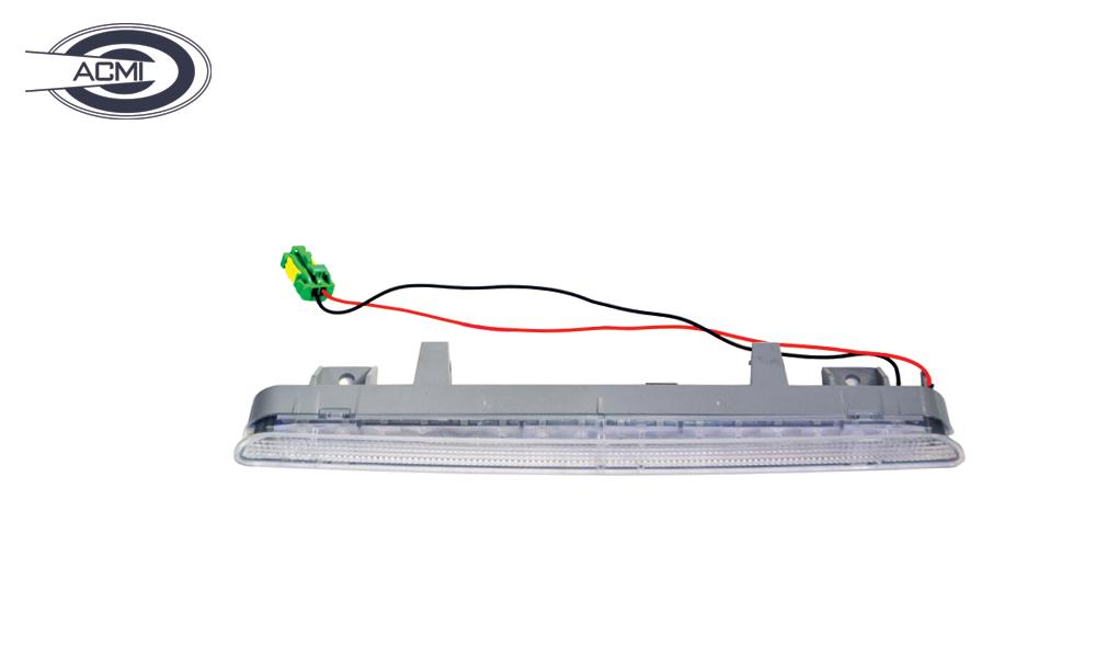 چراغ استپ سوم پژو 206 SD_اکمی